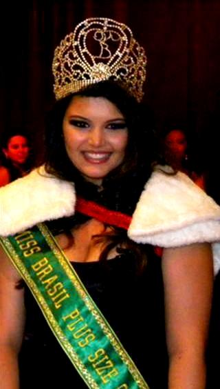 Atual Miss Brasil Plus Size, Cléo Fernandes (Foto: Divulgação)