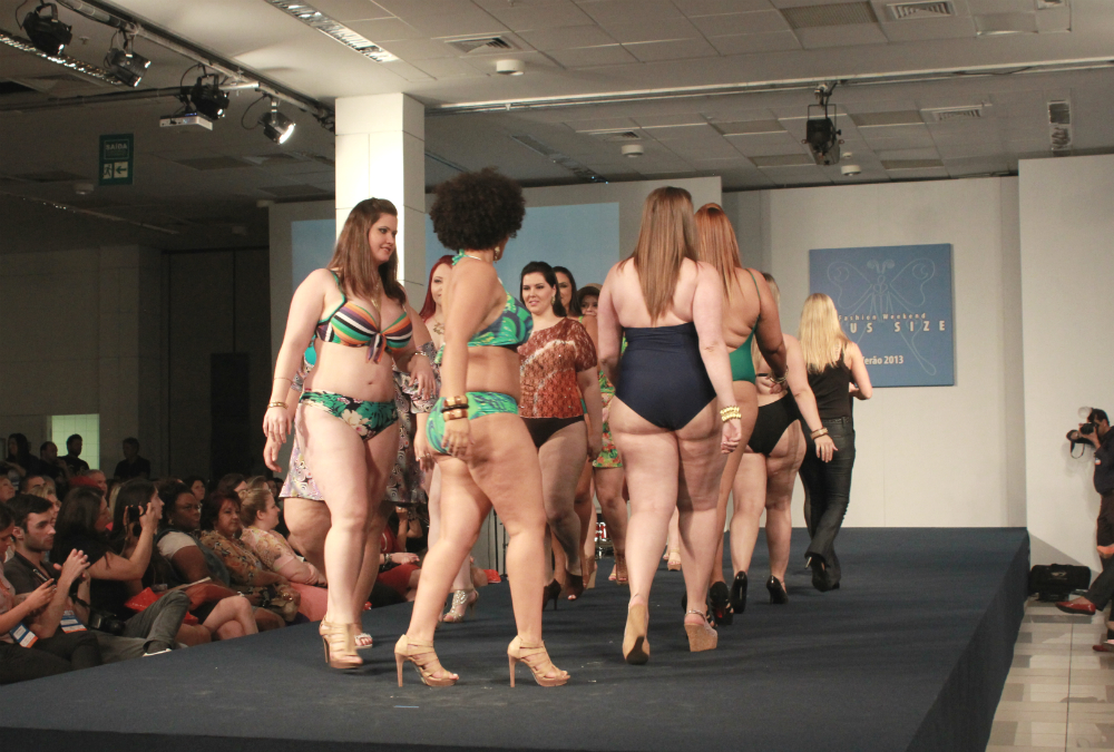 Modelos iniciantes recebem de  R$ 500 a R$ 600 por desfile (Foto: Henrique Mathias)